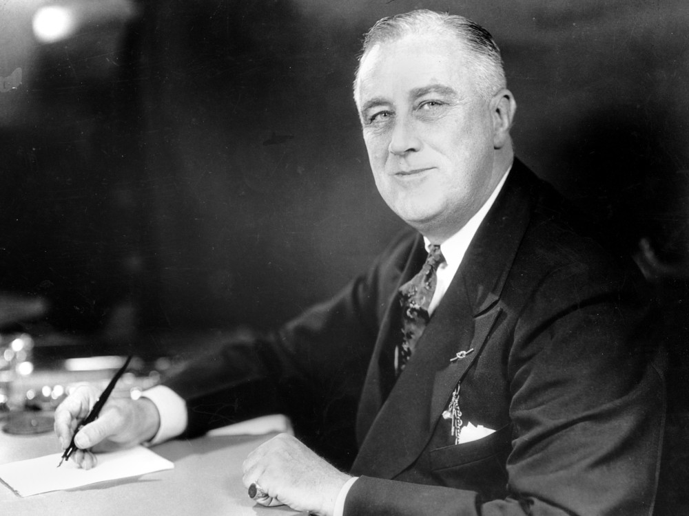 a discussion on franklin delano roosevelts role in the involvement of the united states in world war President franklin roosevelt asks she was the only member of congress to vote against us involvement in both world world war ii 1941 the united states.