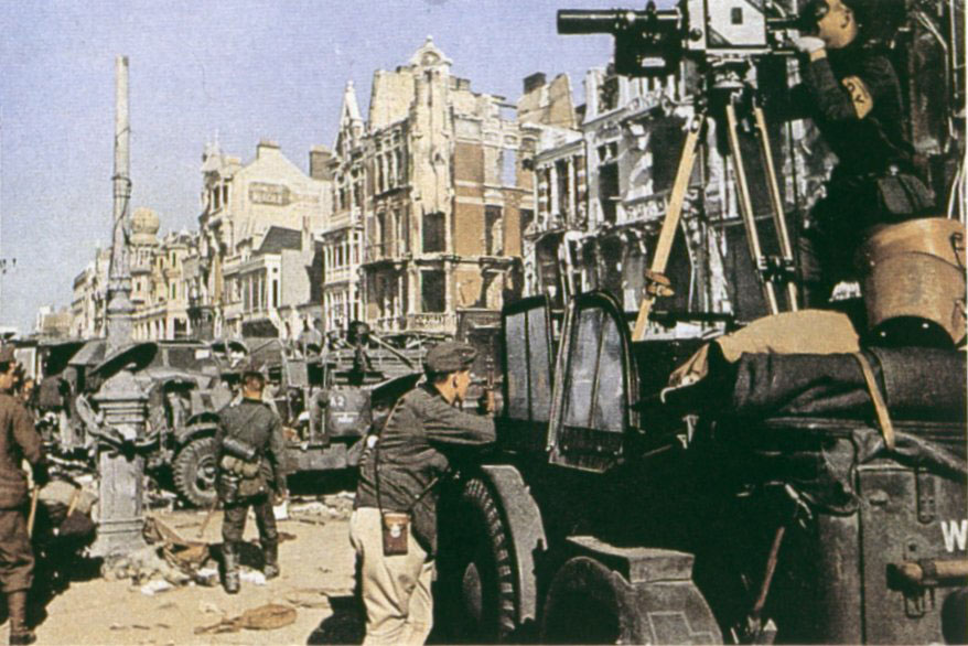 Dunkirk-Germans Horch 901 May 1940