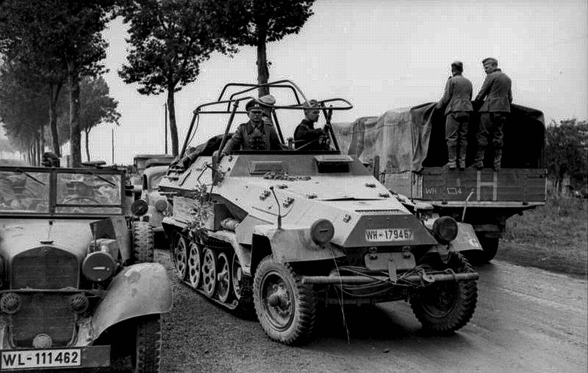 Schützenpanzer Guderian Mercedes Staff Car